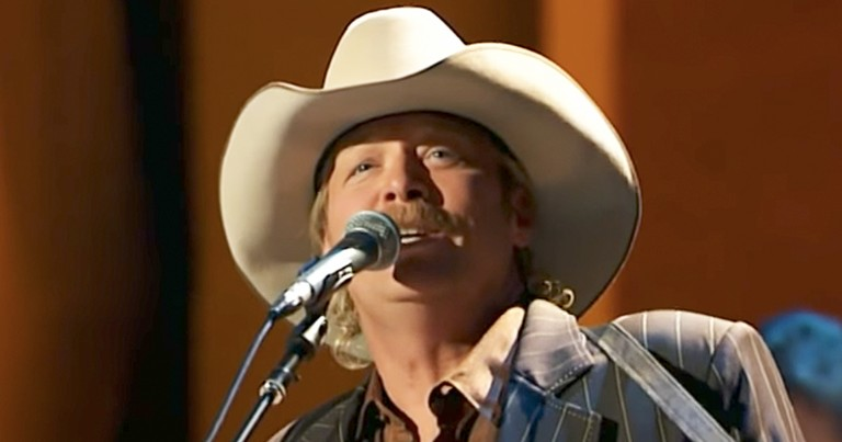 Alan Jackson Beautifully Performs 'When We All Get To Heaven' Hymn