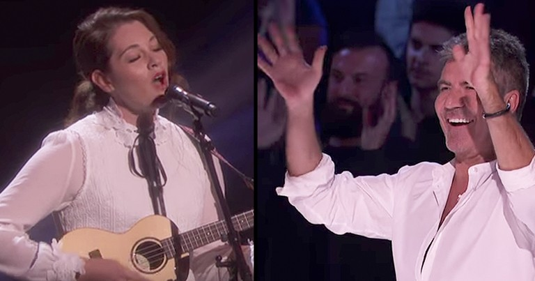Talented 29-Year-Old Deaf Musician Wows Crowd With Original Song