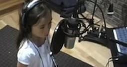 7 Year Old Rhema Marvanne Sings 'The Prayer'
