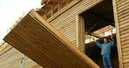 Man Constructs a Full Size Replica of Noah's Ark