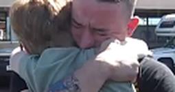 Marine Surprises his Little Sister - the Reaction is Heartwarming
