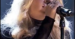 Carrie Underwood Sings a Stunning Version of Fix You