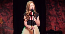 Lexi Walker Sang My Favorite Hymn And Then Added Some U-S-A. . .Wow!