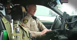 Police Officer Stops To Pray With Woman Battling Cancer