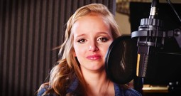 Girl's Tribute Song For Her Fighting Dad Is Touching