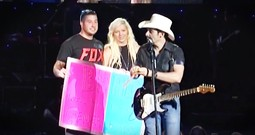 This Couple Just Had Brad Paisley Reveal The Gender Of Their Baby...In Concert!