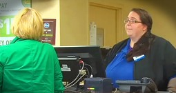 Cashier At Kroger Helps Grandma After Scam Artists Try To Rip Her Off