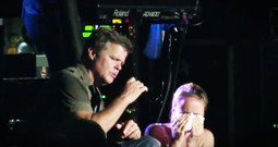 Country Stars Pull A Girl Who Just Lost Her Dad On Stage To Sing 'I'm Already There' And Everybody's