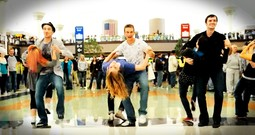 Dancers Lighten Up The Stress Of Travel With A Thanksgiving Flash Mob
