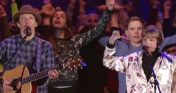 Emotional Performance From Jason Mraz And Grace VanderWaal At The Special Olympics