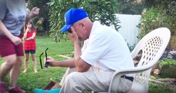 His Family Helped This Grandpa See Color For The First Time In 66 Years
